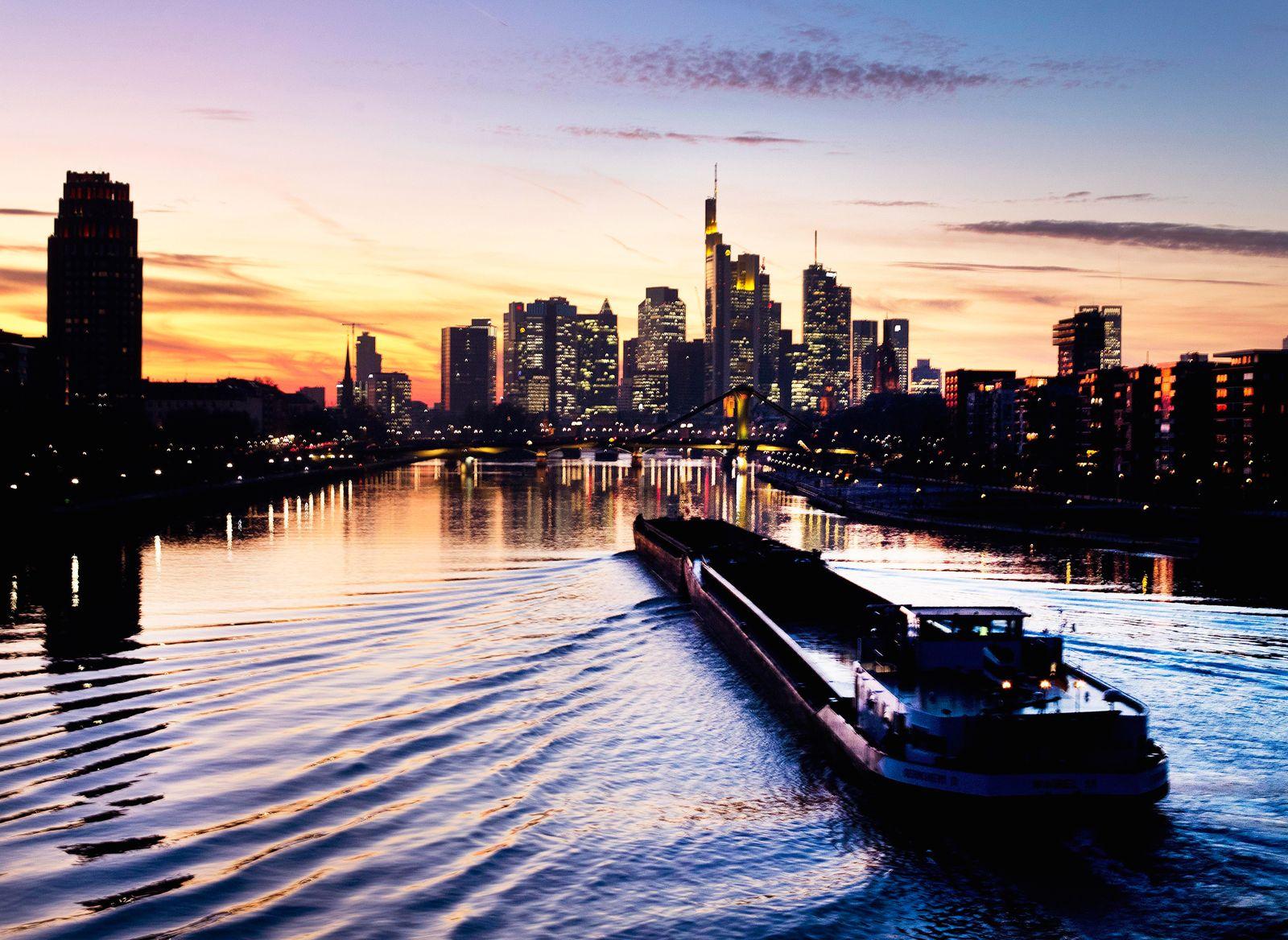 Frankfurt Skyline Banken / Banken-Viertel / Konjunktur