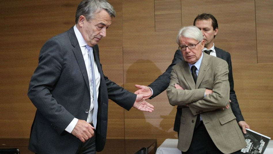 Niersbach, Interimschef Rauball: Doch eine persönliche Verfehlung?