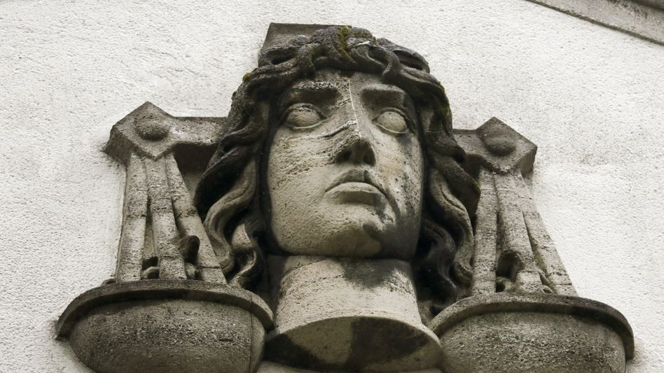 Justitia-Büste (Symbolbild)