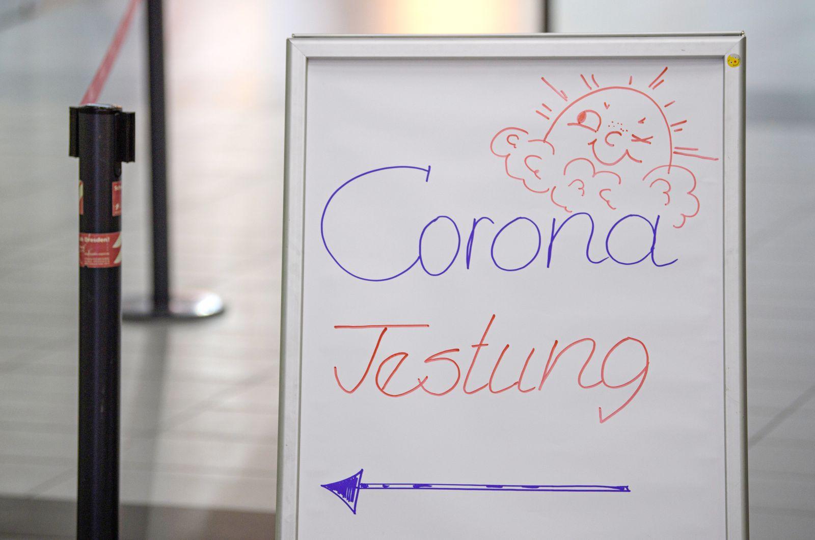 Corona-Testcenter am Flughafen Dresden
