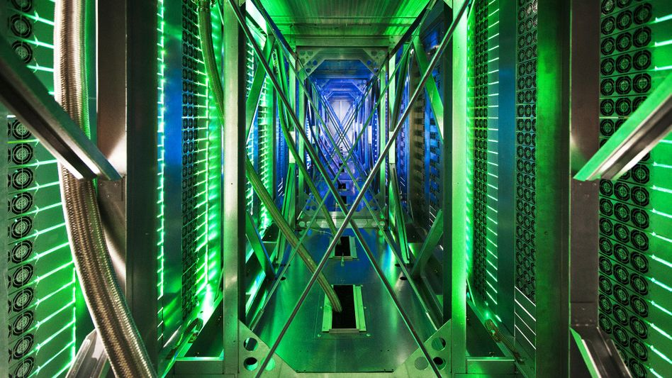 A Google data center in Oklahoma: In Europe, the Internet giant will soon be required to delete links to personal data if users request the action.