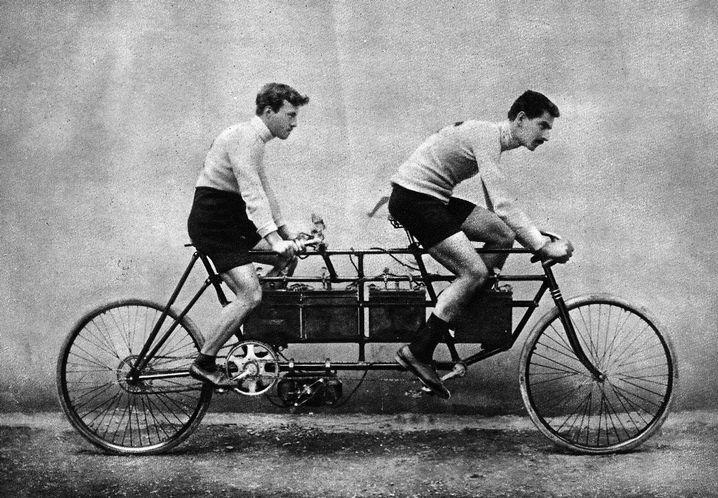 Elektromotor-Tandem aus dem Jahr 1900, gebaut von der Firma Clerc & Pingault