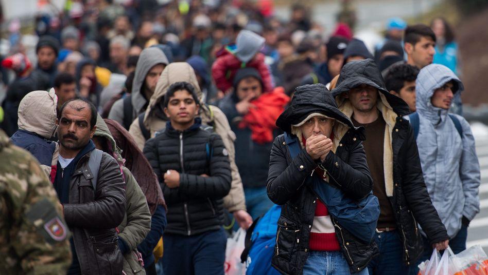 """Flüchtlinge an der österreichisch-slowenischen Grenze: """"EU-Kommissare sind von der Wirklichkeit weit weg"""""""