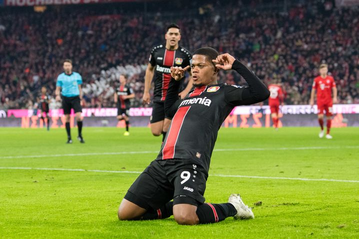 Leon Bailey erzielte beide Treffer für Leverkusen