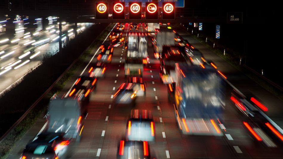 Autobahn in Deutschland: Ab 2016 soll die Gebühr kommen