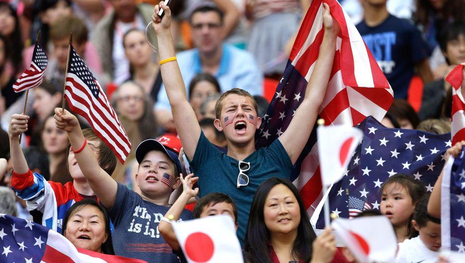 Olympia-Fans: Fachkundig und fähig zur Euphorie