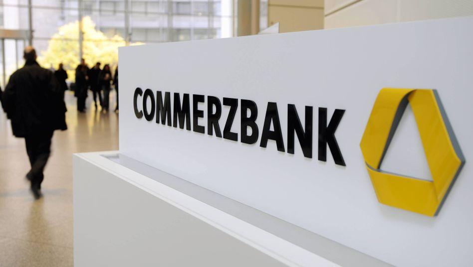 Commerzbank-Logo: Das Geldhaus ist noch immer zu einem Viertel in Bundesbesitz