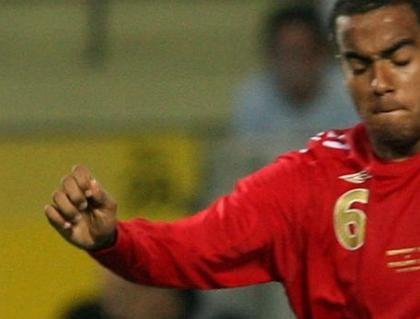 """Englands U21-Spieler Huddlestone, Hunt: """"Keine rassistischen Ausdrücke benutzt"""""""