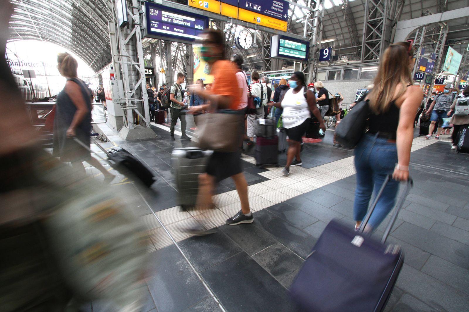 Nach den Lockerungsmaßnahmen und den aufgehobenen Reisebeschränkungen während der Coronaviruskrise nutzen wieder wesent