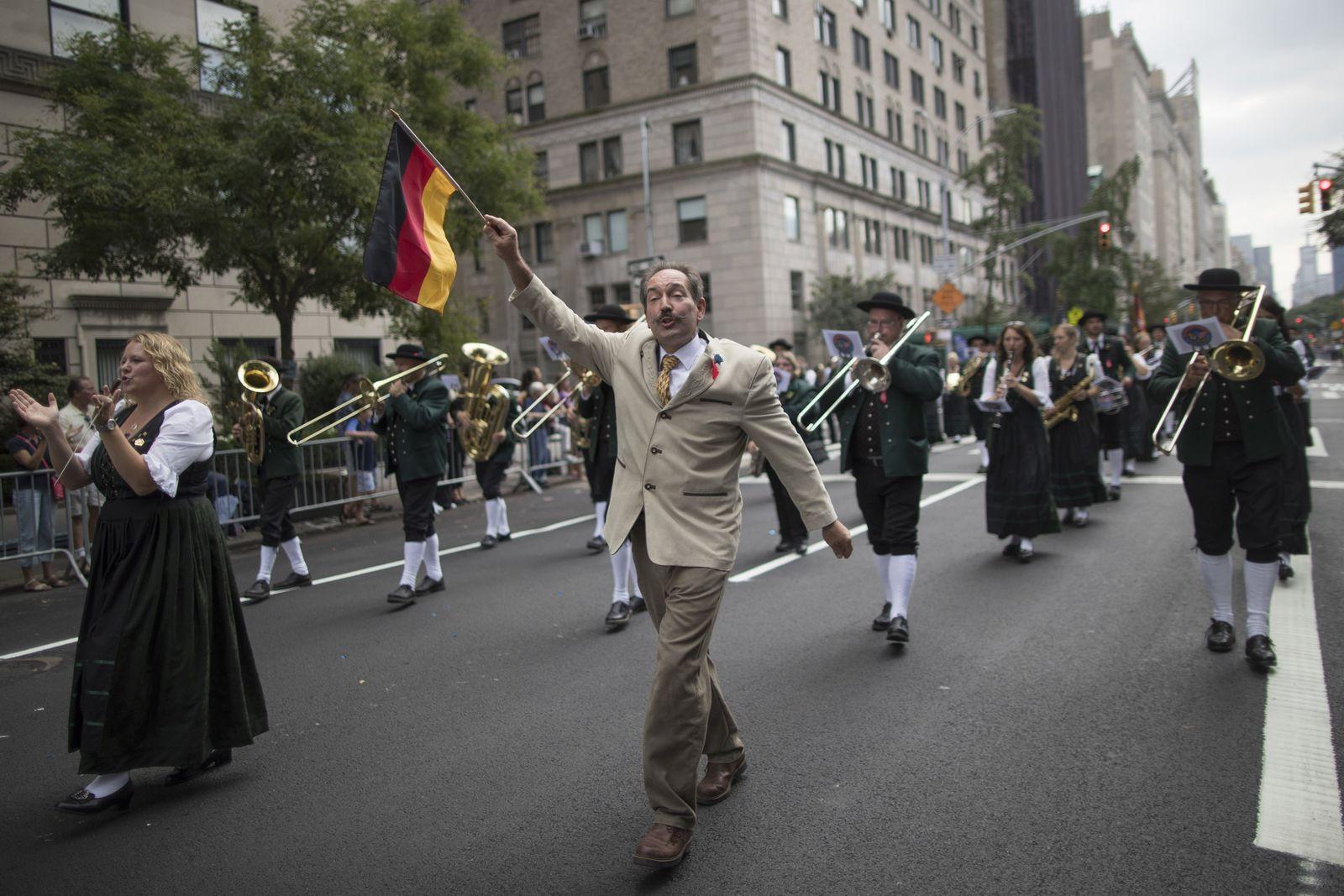 New York/ Steuben-Parade