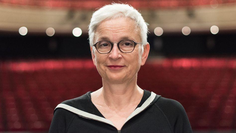 Barbara Mundel