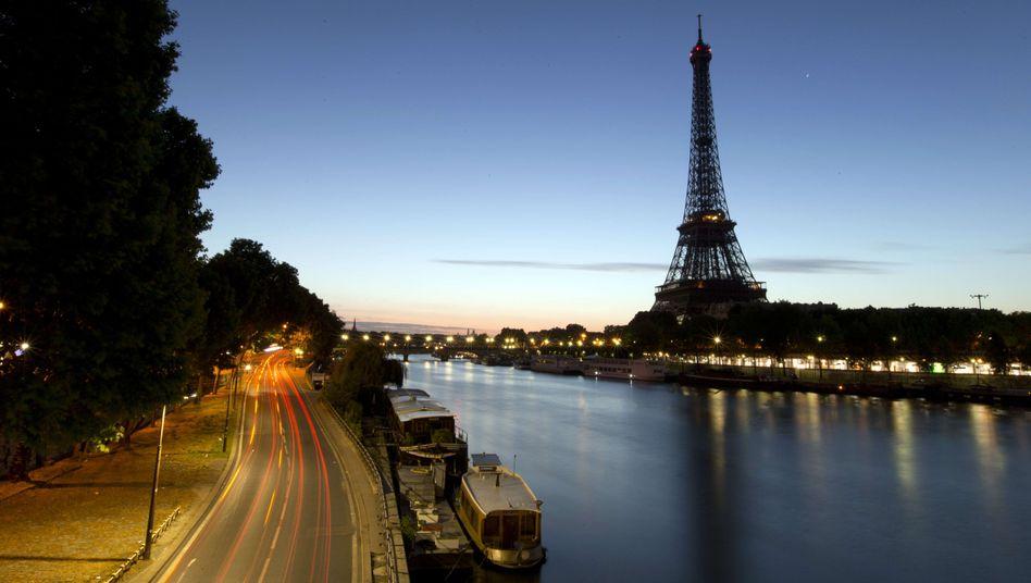 Abendhimmel über Paris: Pessimistischer Ausblick
