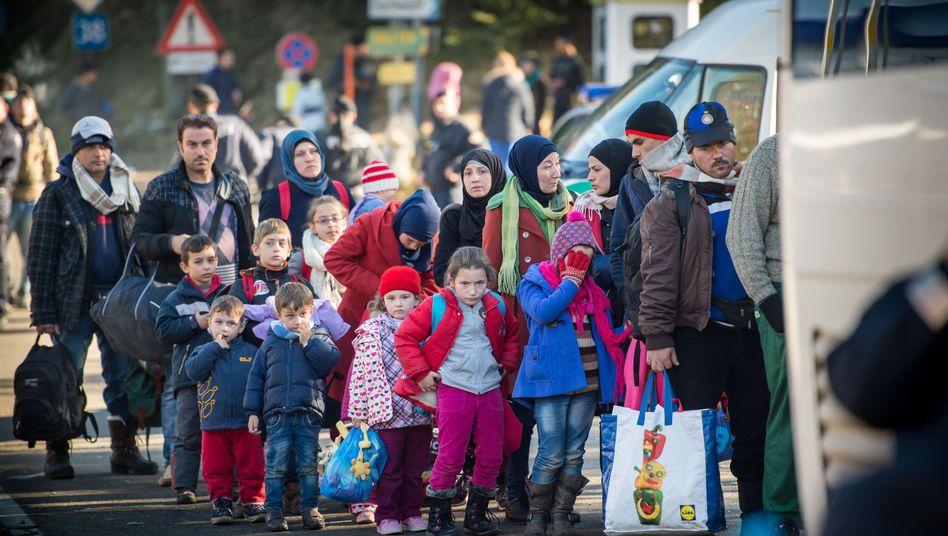 Flüchtlinge an deutsch-österreichischen Grenze: Wie viele kommen in Winter?