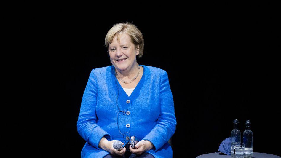Am Mittwoch besuchte Angela Merkel das Düsseldorfer Schauspielhaus