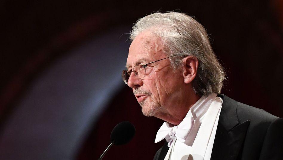 Peter Handke bei der Nobelpreis-Verleihung in Stockholm