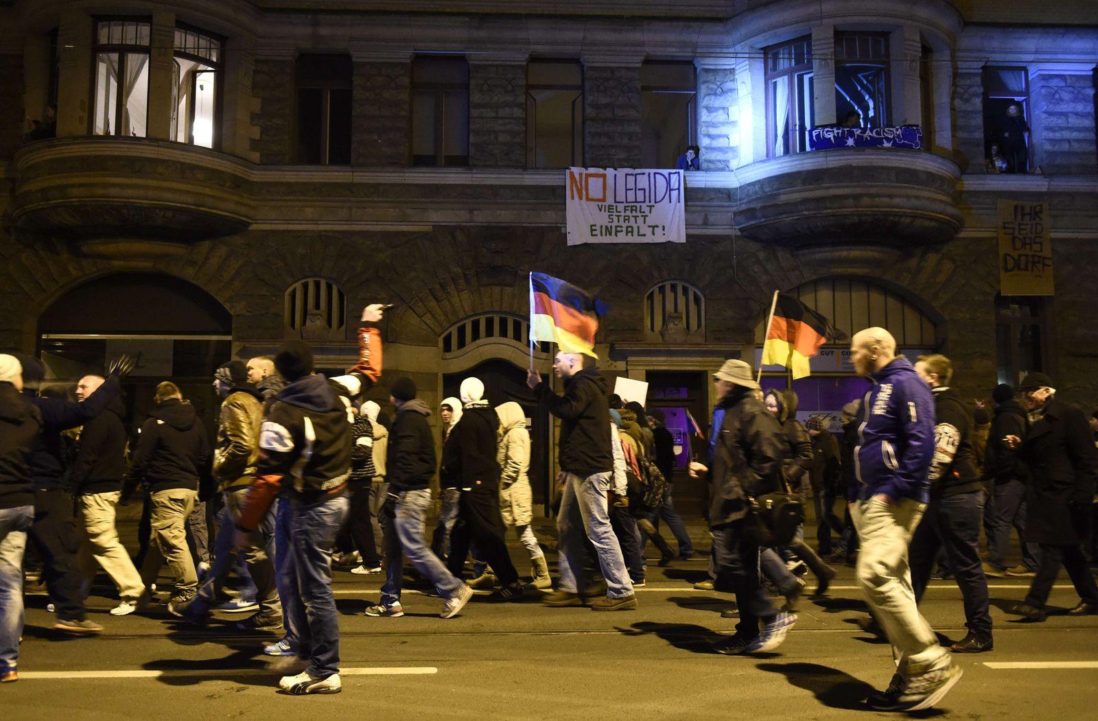 GERMANY-IMMIGRATION-FARRIGHT-FRANCE-ATTACKS-CHARLIE-HEBDO