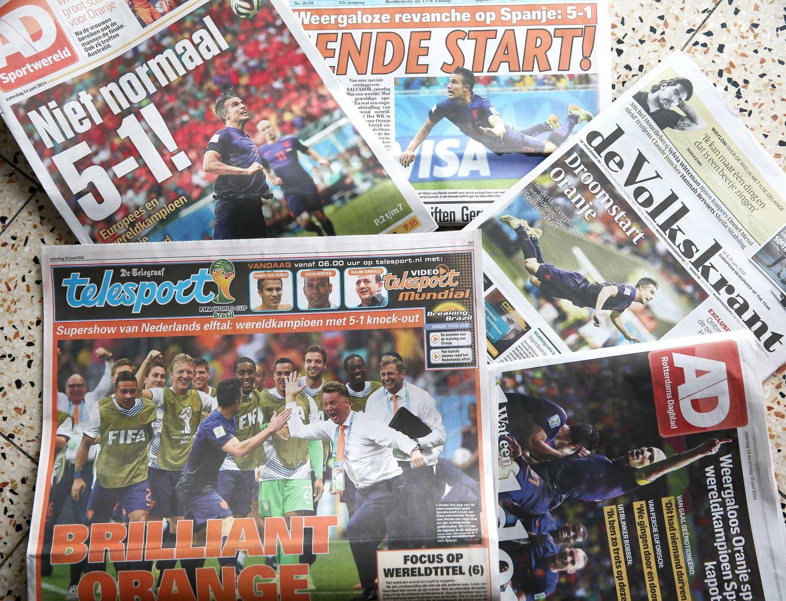 WM 2014 Zeitung Niederlande