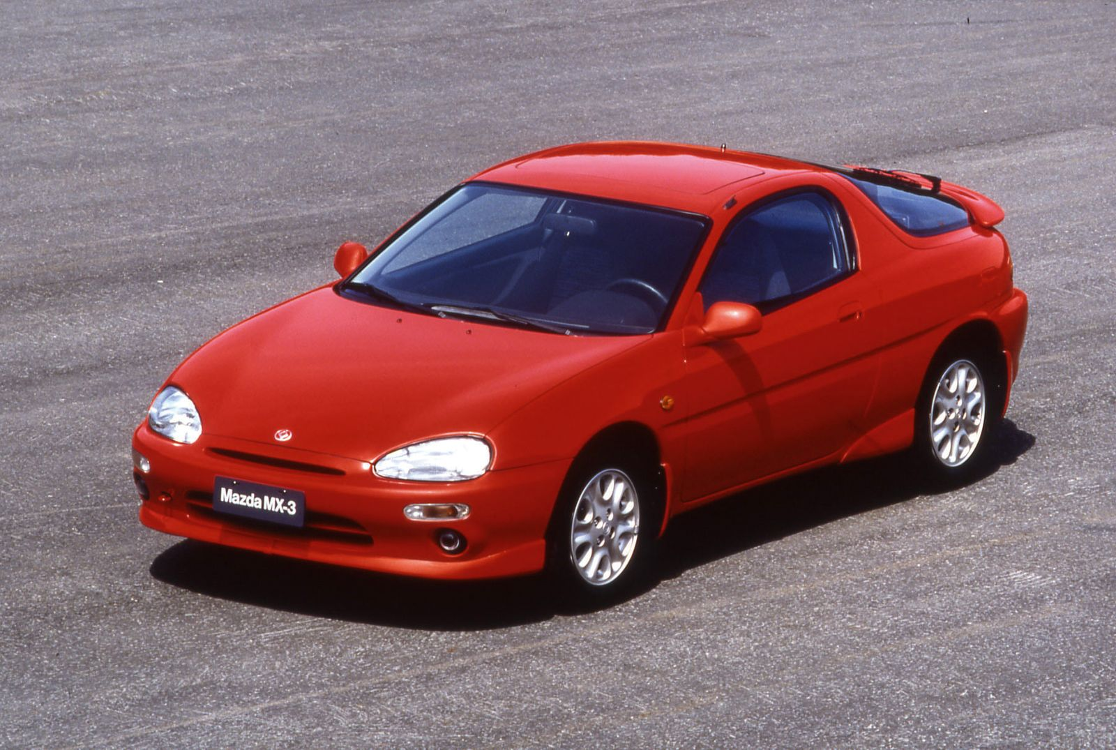 Mazda_MX-3_1991