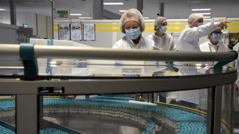 Medikamentenherstellung in einer GlaxoSmithKline-Fabrik in Saint-Amand-les-Eaux, Frankreich (im Dezember 2020)