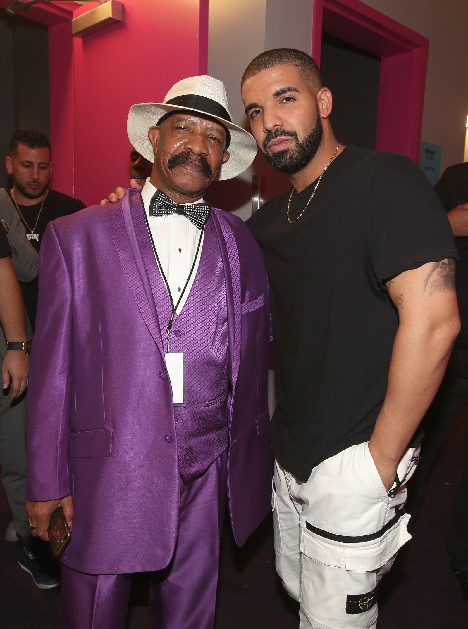 EINMALIGE VERWENDUNG Drake mit Vater