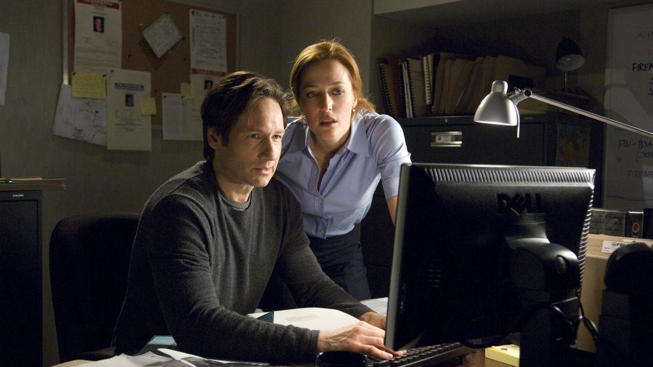 Fox Mulder (David Duchovny) und Dana Scully (Gillian Anderson): Starker Start