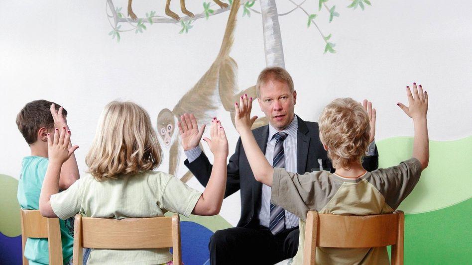 Kinderneurologe Hollmann: Intensive Diagnostik wegen kleinster Abweichungen