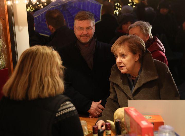 Budenbesitzerin, Angela Merkel