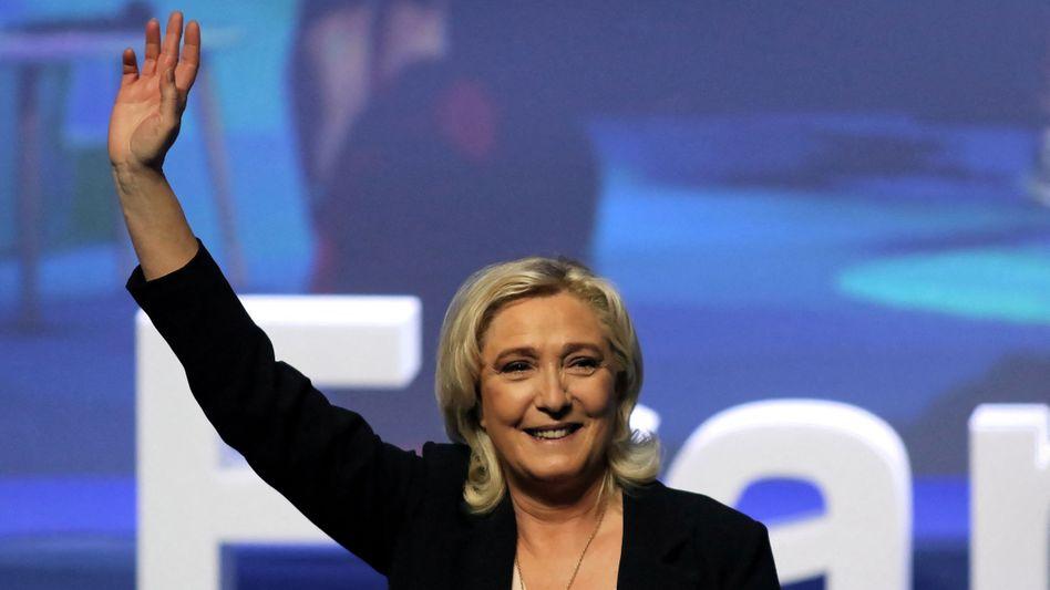 Marine Le Pen: 2022 könnte es zur Stichwahl zwischen ihr und Präsident Emmanuel Macron kommen