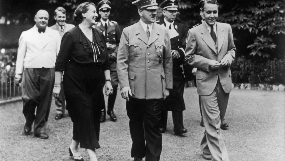 """Forschung zum """"Führer"""": """"Hitlers Hoftheater"""""""