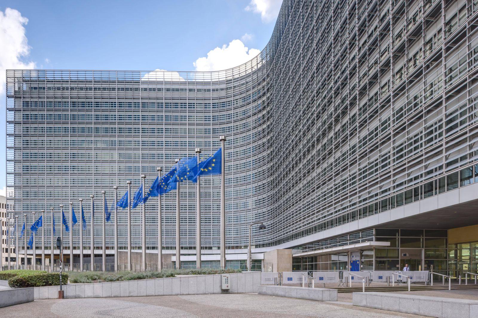 Brüssel Europaviertel Europäische Kommission Berlaymont Gebäude Das 1963 bis 1967 erbaute Berlaym
