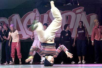 """Breakdancer bei der """"Battle of the year"""" 2001: Treffpunkt der HipHop-Headz"""