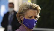 Von der Leyen verlässt EU-Gipfel vorzeitig wegen Corona-Kontakt