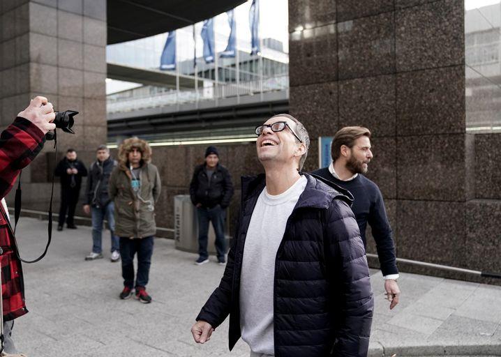 """""""Ich danke Ihnen für Ihre Geduld"""": Jens Söring bei seiner Presseerklärung"""