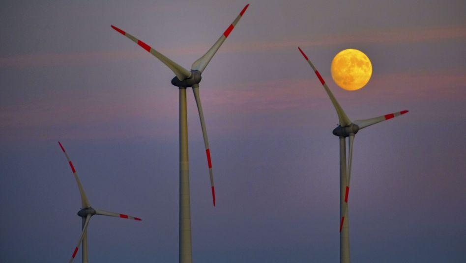 Windkrafträder in Norddeutschland: bei vielen Anwohnern unbeliebt