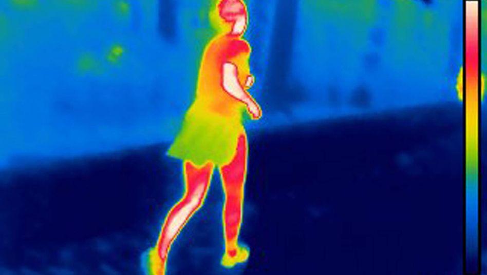 Laufende Frau (Wärmebild)