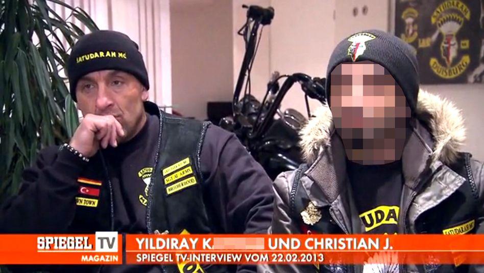 """Satudarah-Rocker Christian J., Yildiray Kaymaz (v. li.): """"Als V-Mann gearbeitet"""""""