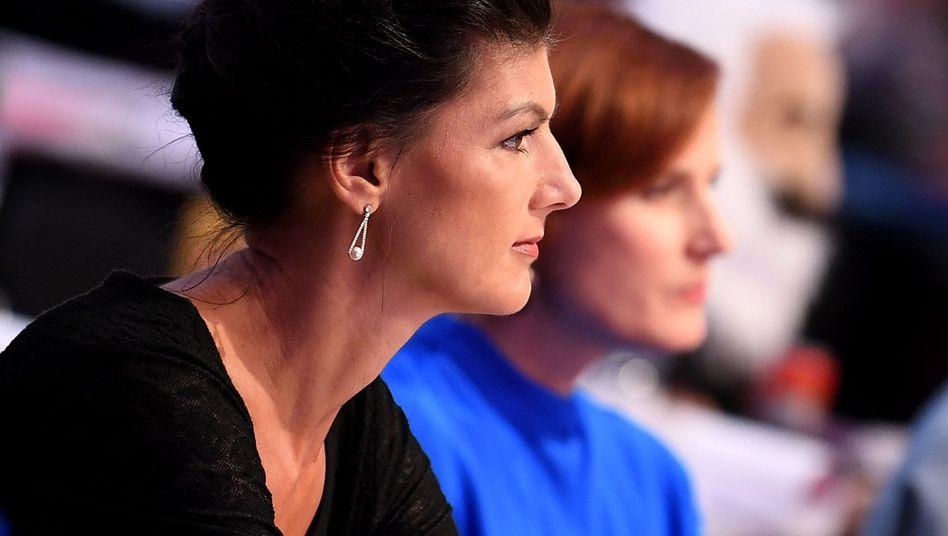 Sahra Wagenknecht (l.) und Katja Kipping
