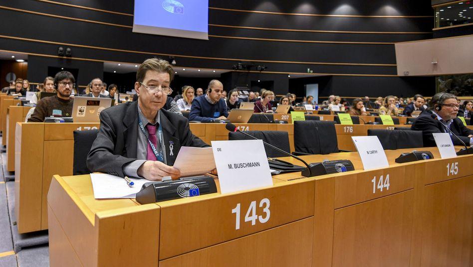 Tierschutzpartei-Abgeordneter Buschmann im EU-Parlament: Früher in der NPD