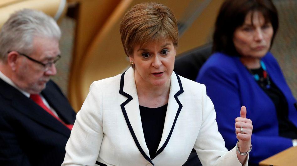 """Nicola Sturgeon: Wahl zwischen dem Brexit und """"einer Zukunft für Schottland als unabhängige europäische Nation"""""""