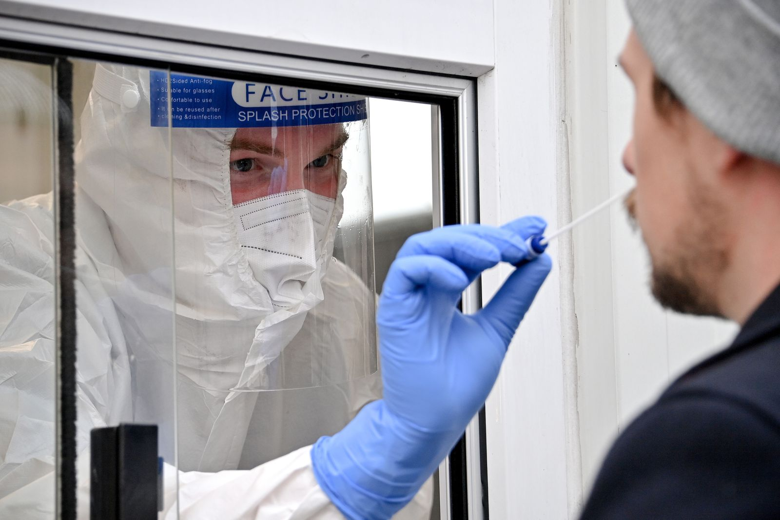 German authorities tighten measures to stem Coronavirus spread, Cologne, Germany - 15 Oct 2020