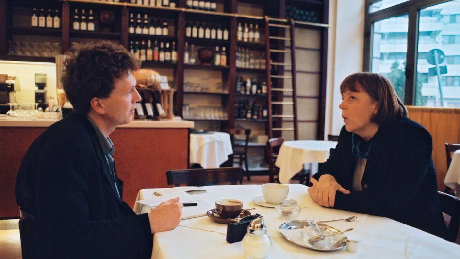 Osang und Merkel 2000 in Berlin: Ein aufsteigender Stern