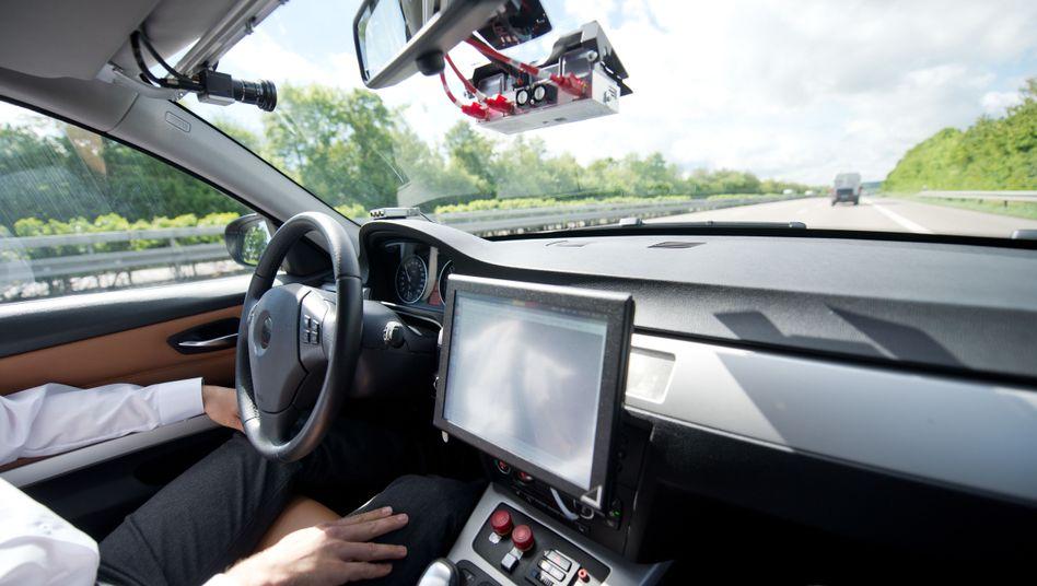 Auto, das als Prototyp für autonomes Fahren genutzt wird