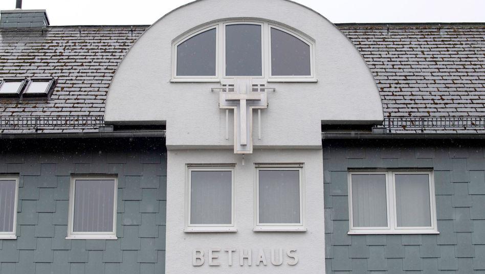 Bethaus der Frankfurter Baptisten-Gemeinde:Gottesdienste nur noch online