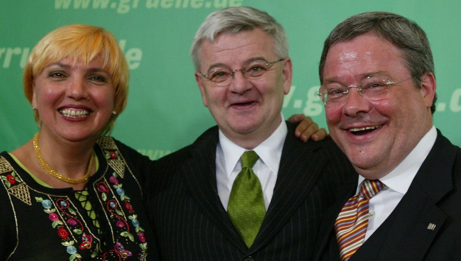 Joschka Fischer (l.) und Reinhard Bütikofer: Die Parteifreunde sind sich nicht grün