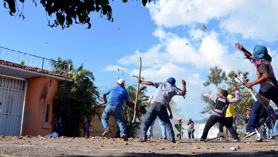 Verschwundene Studenten in Mexiko: Land der Mafias und Massengräber