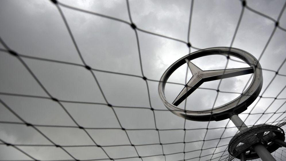 Photo Gallery: Daimler's Beef with US Regulators