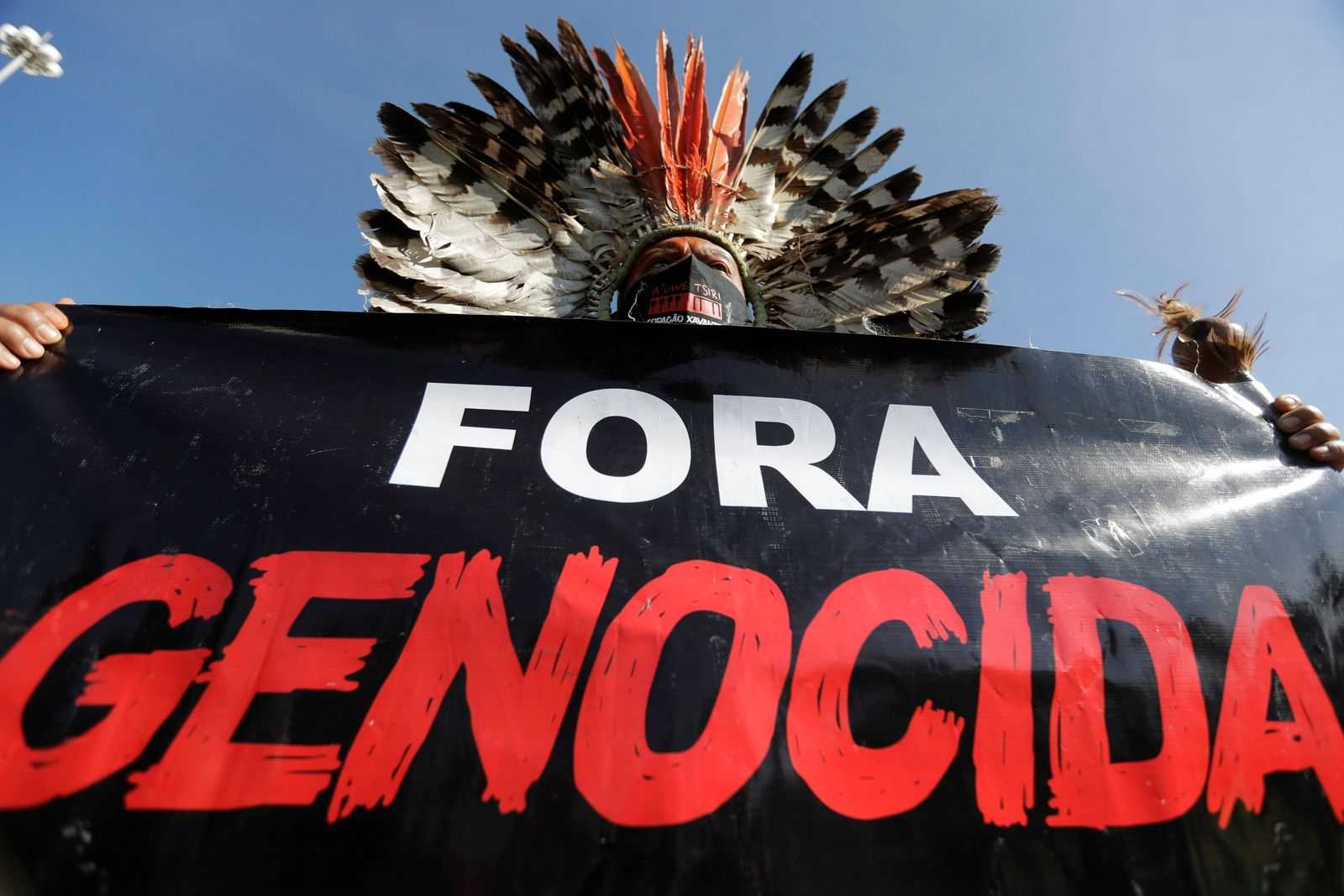 BRASILIA (BRAZIL), 06/19/2021.- Indigenous people of various ethnicities, students and trade unionists participate in a