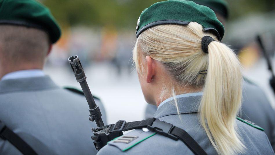 Frauen bei der Bundeswehr: Kein Arbeitgeber wie jeder andere