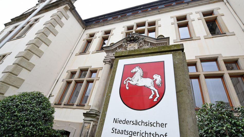 Niedersächsischer Staatsgerichtshof mit Landgericht, Amtsgericht und Staatsanwaltschaft in Bückeburg