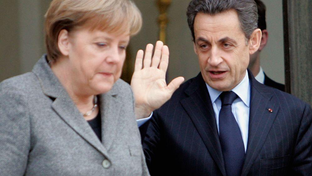 Merkel und Sarkozy: Zweckbündnis für den Machterhalt